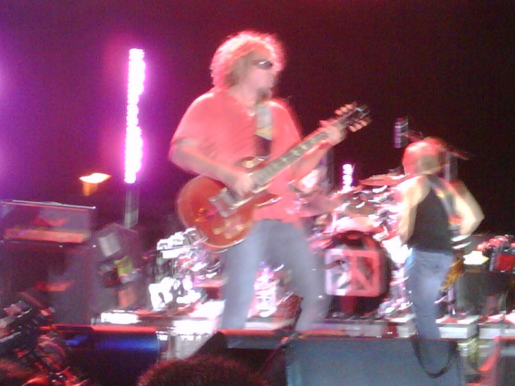 Chickenfoot's First Tour