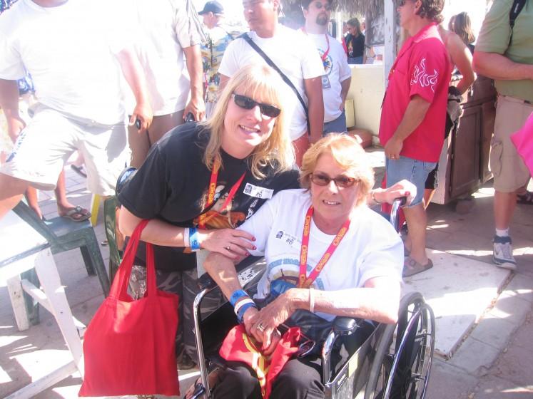 Cruise 2006 Me & Mom
