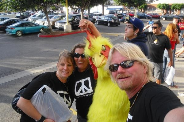 CHICKENFOOT CD SIGNING