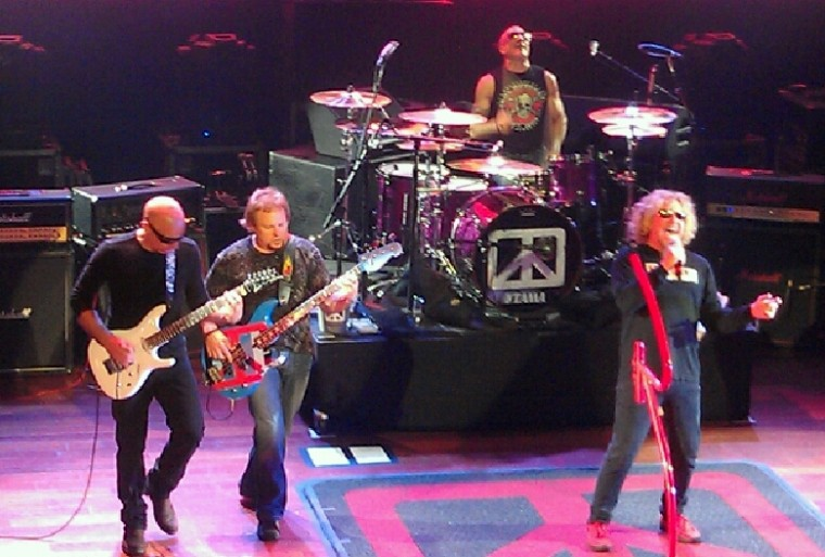 Chickenfoot HOB AC