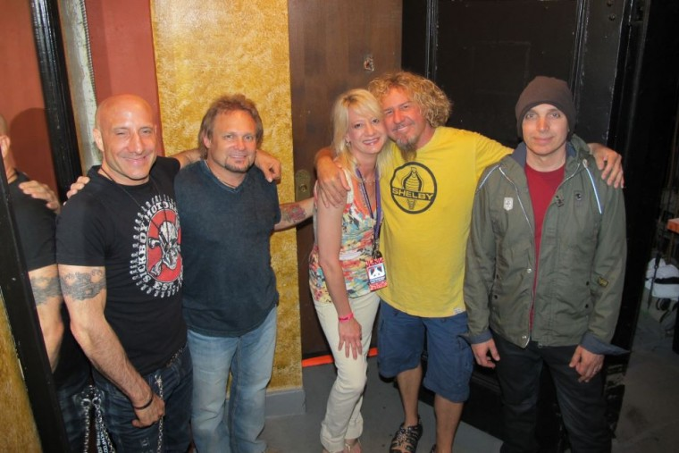 Detroit Rock City Welcomes Chickenfoot