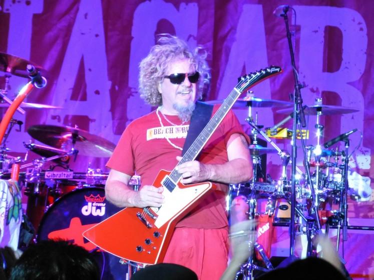 Sammy rockin' in Vegas.