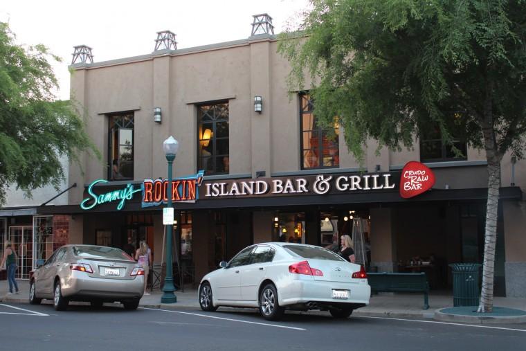Sammy's rockin' island bar & grill