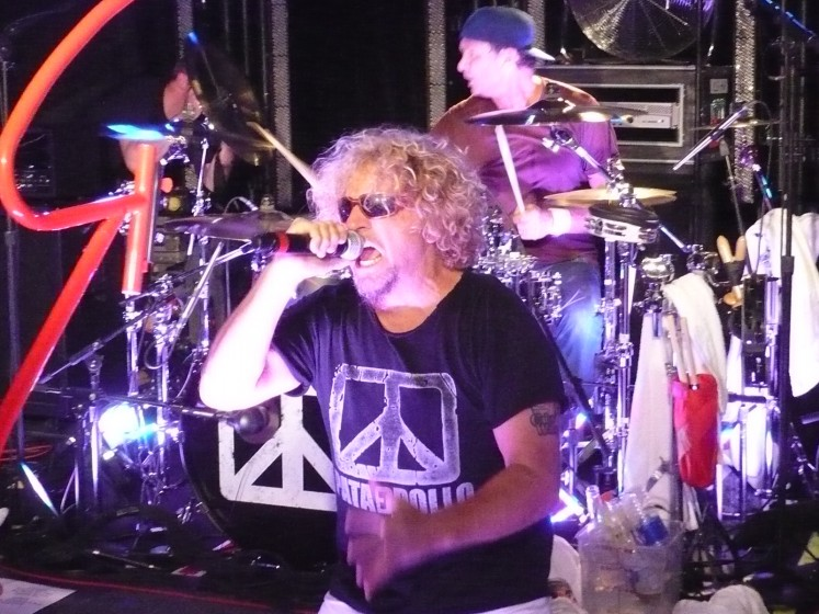 Sammy at the First Chickenfoot Concert!