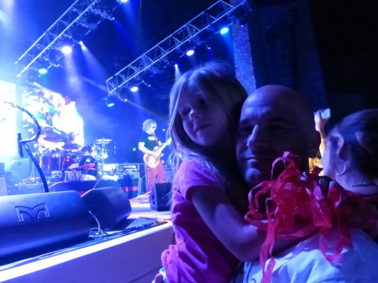 me & my daughter front row! ...and Sammy in the background.