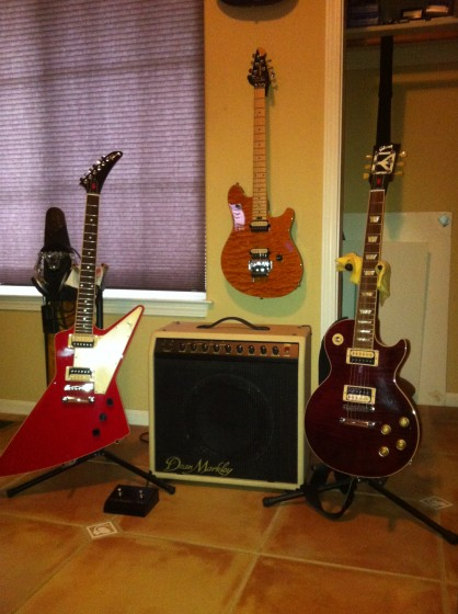Red Rocker Gibson Les Paul & Explorer with Dean Markley DM60RC