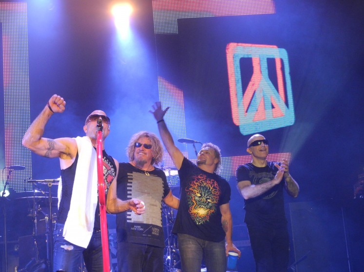 CHICKENFOOT IS IN THE HOUSE!!!