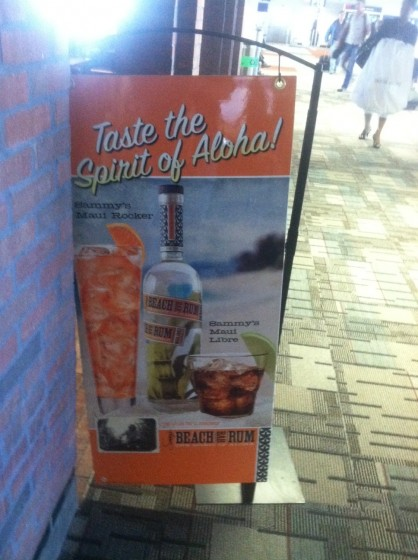 Sammy's Beach Bar Rum in Minneapolis Airport