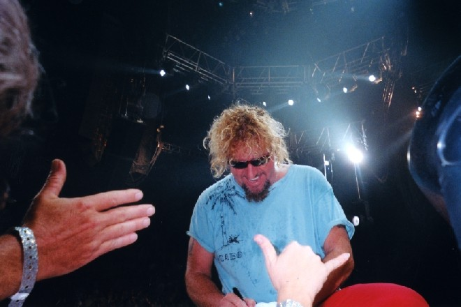 2004 VH Tour---In the Golden Rings in San Antonio