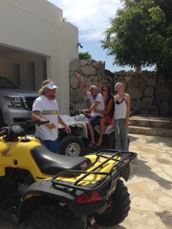 Surprise visit from Kenny Chesney in Cabo!