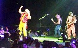 2004 VH Tour w/ Sammy ~ Portland OR. ~ pics/video anyone?