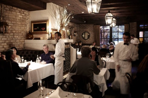 El Paseo is hiring Line Cooks! Apply today.