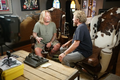 2017-07-23 @ Rock & Roll Road Trip with Sammy Hagar - Ep. 210